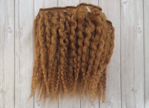 cheveux ondulés blond