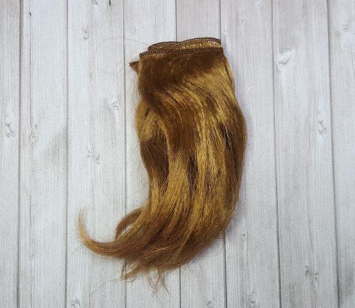 cheveux blond moyen