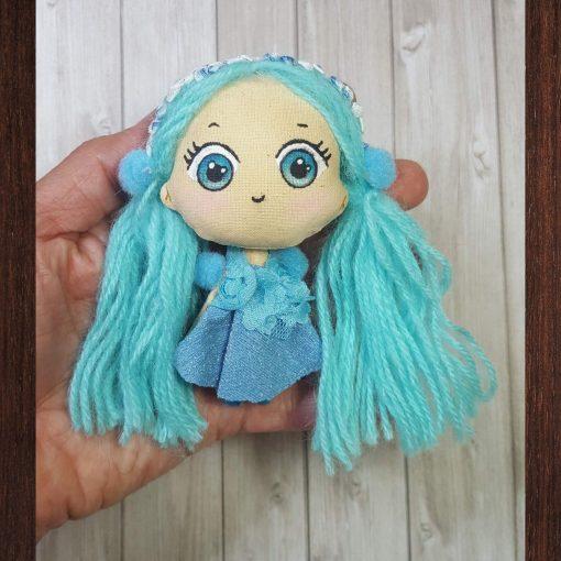 mini poupée kawaii bleu