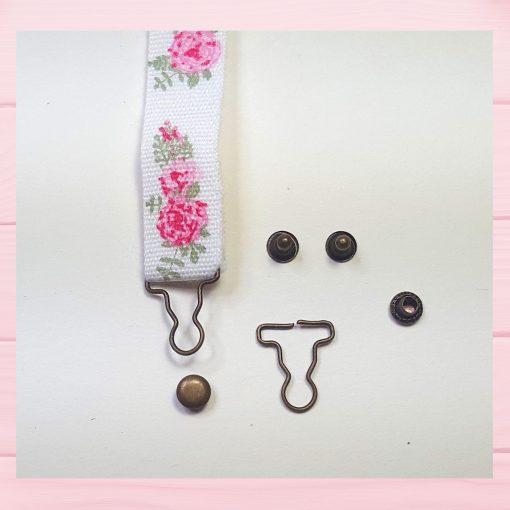 boucle et bouton pour poupée