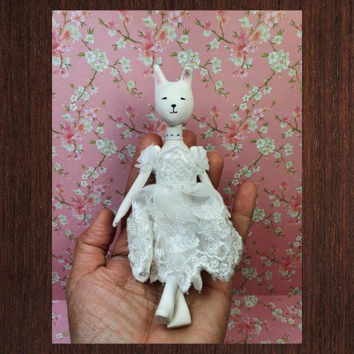 lapin poupée porcelaine