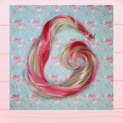 mèche cheveux blond et rose
